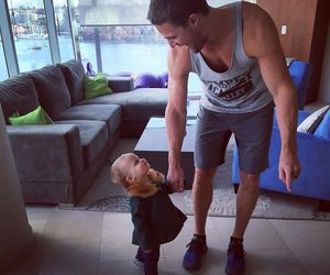 arrow, stephen amell, and baby image