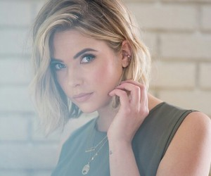 pll, ashley benson, and pretty little liars image