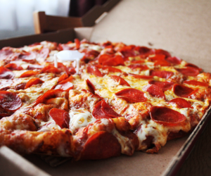 box, food, and pizza image