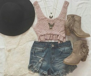 autumn, chic, and clothing image