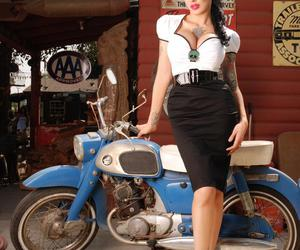 curves, micheline pitt, and Pin Up image