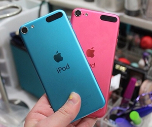 ipod, blue, and pink image