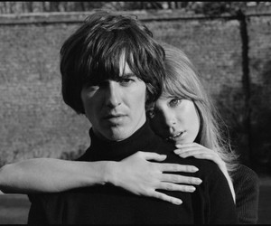 pattie boyd, b&w, and couple image