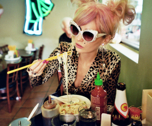 audrey kitching, food, and model image