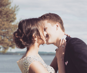 Prom and love image