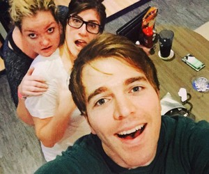 youtube, shane dawson, and friends image