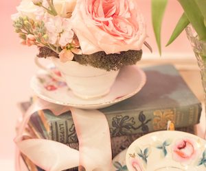 books and cup image