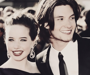 ben barnes, anna popplewell, and wow image