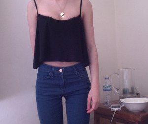 pale, grunge, and jeans image