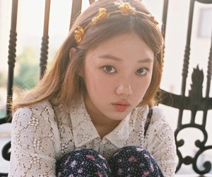 girl, model, and lee sung kyung image