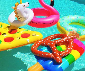 summer, fun, and pizza image