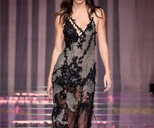 kendall jenner, model, and Versace image