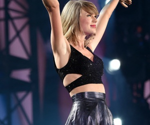 Taylor Swift and tour image