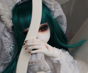 ball jointed doll, bjd, and bride image