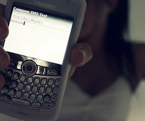 blackberry, sms, and text message image