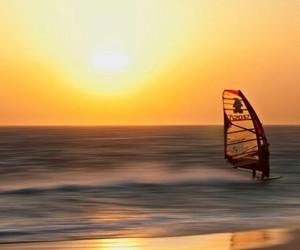 atardecer, beautiful, and sun image
