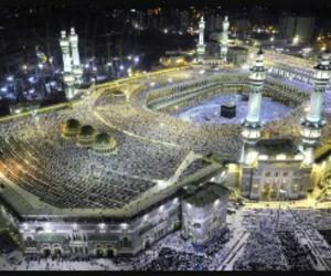 islam, foule, and kaaba image