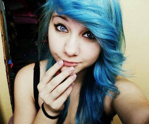 girl, del3ted, and blue hair image