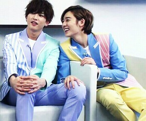 couple, kevin, and ukiss image
