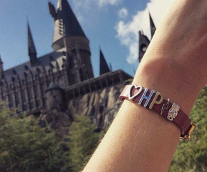 harry potter, heart, and hogwarts image