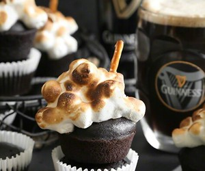 chocolate, food, and cupcakes image