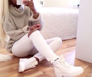 skinny jeans, timberlands, and white jeans image