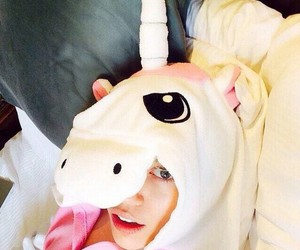 miley cyrus, unicorn, and miley image