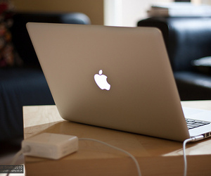 apple and laptop image