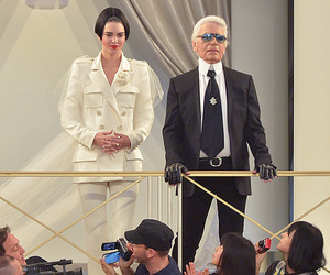 chanel, fashion show, and kendall jenner image