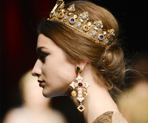 crown and Dolce & Gabbana image