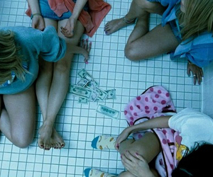 girl, money, and spring breakers image