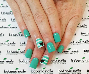 green, heart, and nails image