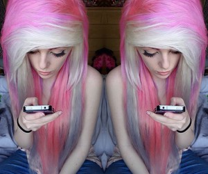 alternative, dyed hair, and pastel goth image