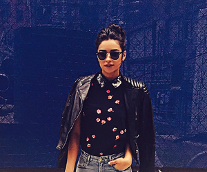 shay mitchell, pretty little liars, and fashion image