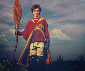 Daniel Radcliff, magic, and potter image