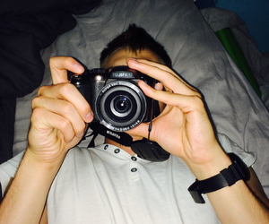 bands, bed, and camera image