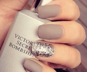 nails, ♥, and pretty image