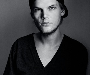 avicii, music, and rip image