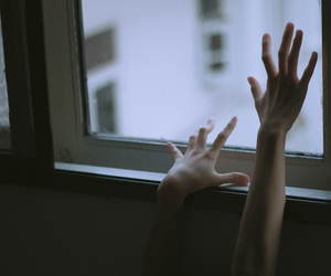 hands, grunge, and pale image