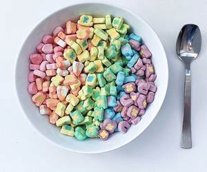 breakfast, cereal, and lucky charms image