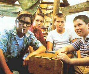 stand by me, river phoenix, and Stephen King image
