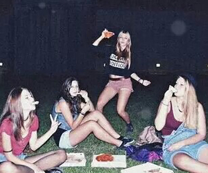 girl, grunge, and pizza image