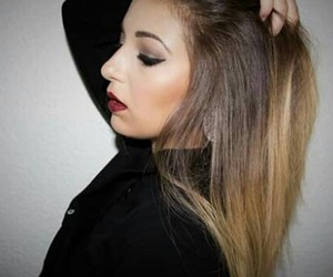 hair, redlips, and youtubeuse image