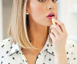 hair, blonde, and lipstick image