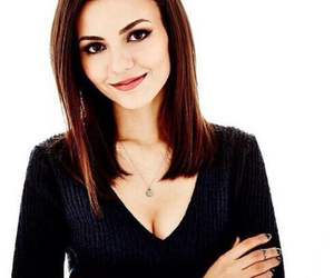 actress, beautiful, and black t-shirt image