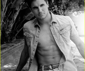 robbie amell and boy image