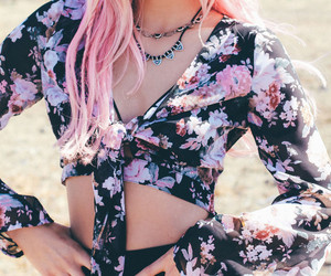 belle, chiffon, and pink hair image