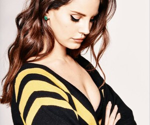 hairstyle, Queen, and lana del rey image