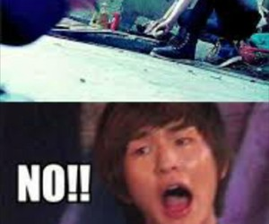 Onew, SHINee, and Chicken image