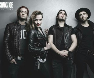 band, rock band, and lzzy hale image